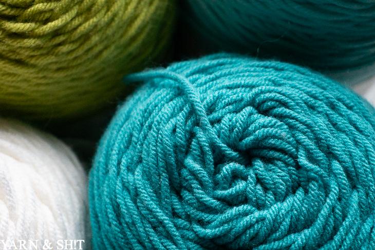 texture of caron one pound yarn